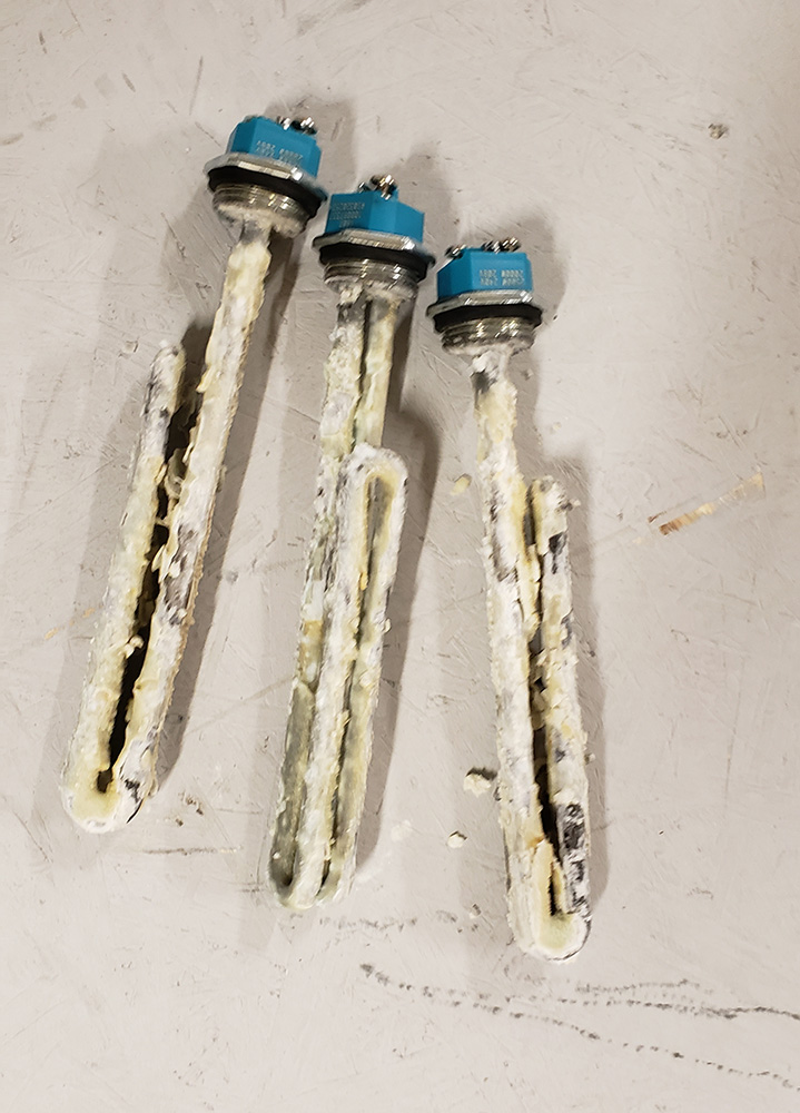 picture of electric water heater elements when you don't maintain it